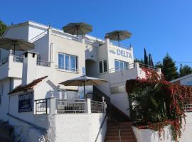Villa Delta Apartments, Blace