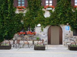 Hostal Almadiero, Burgui