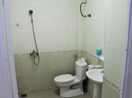 Huong Quynh Family Hotel, Cat Ba