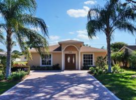 100th Holiday Home 712, Naples