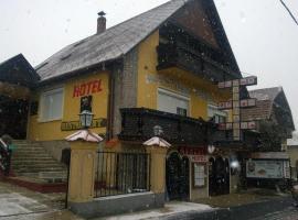 Fekete Macska Panzió, Balatonkeresztúr