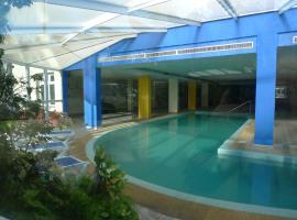 Hotel O Colmo, Santana