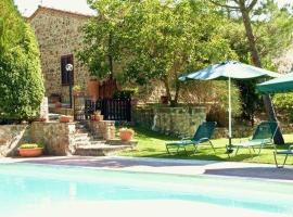Seven Bedroom Holiday home in Montalcino, Montalcino
