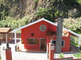 Casa del Mar, Santana