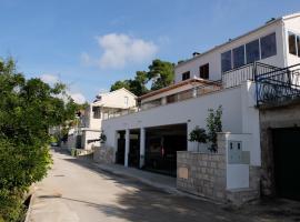 Apartments Sunce, Brna