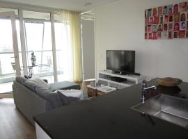 660 Calypso 2 bedroom Apartment with Private Parking and Gym, Rotterdam