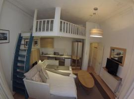 Cosy Studio by Kensington High St., London