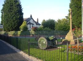 The Cottage Bed & Breakfast, Hale