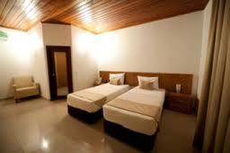 Sunsil Hotel