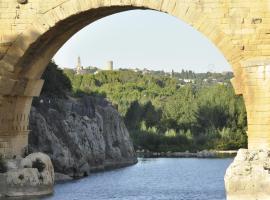 La Bastide des Pins, Castillon-du-Gard