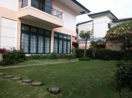 Villa Kota Bunga The Summit, Cikujang