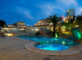 Akinon Resort