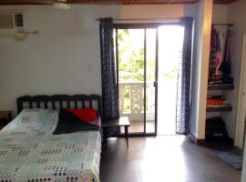 Onshore Guest House, San Juan