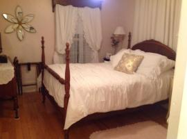 Maple Tourist Home B&B, Grand Falls