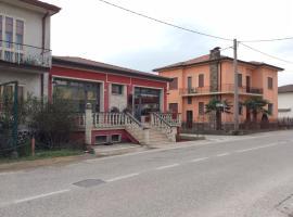 Manu Gold House, Solesino