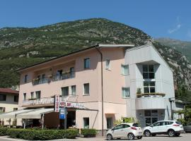 Albergo Miralaghi, Padergnone