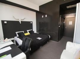 Hotel Moon, 신트니클라스