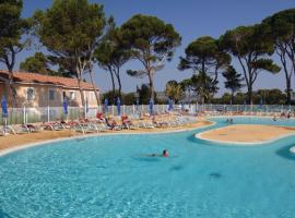 Holiday home Fontaines de Vaucluse H-770, Calvisson