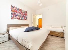 Angeli E Diavoli Apartment, Eboli