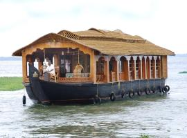 Amrutham Houseboat 2, Kumarakom