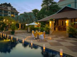 Angkor Miracle Reflection Club