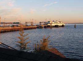 Vashon Waterfront Suite