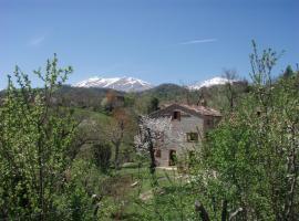 Casa di Pietra, Montefortino