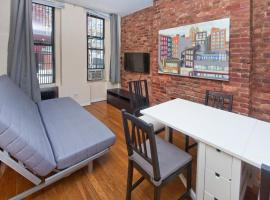 Chic 2 Bedrooms Duplex near Times Square