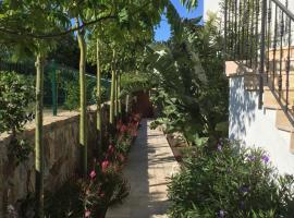 Villa Sakin, Gumusluk