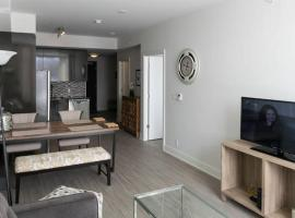 LM Stays - Condo in the Glebe