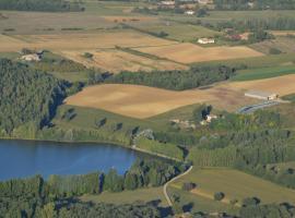 Gite au Lac du Gouyre, Puygaillard-de-Quercy