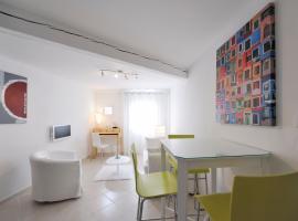 Appartement Rue Bellon - 2nd, Arles