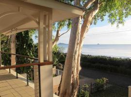Seascape Luxury Beachfront House, Clifton Beach