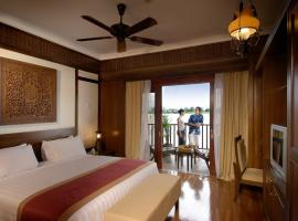 kampung Air Chalet @ Bukit Merah Resort, Kampong Kubu Gajah