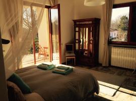 Villa Mariposa B&B,  Monvalle