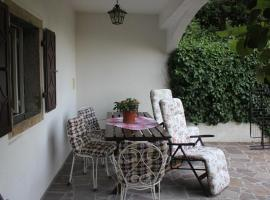 Two-Bedroom Apartment in Icici I, Poljane