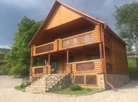 House in mountains, Suskovo