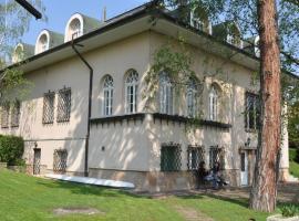 Villa Székely, Leányfalu