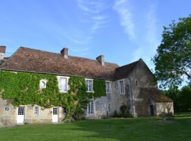La Villa Escuris, Escures-sur-Favières