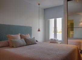 Six-Bedroom Apartment in Ibiza with Pool III, San Antonio