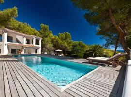 Four-Bedroom Apartment in Ibiza with Pool III, Ibiza by