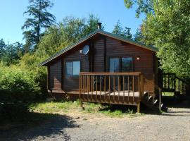 La Conner Camping Resort Cabin 10, La Conner