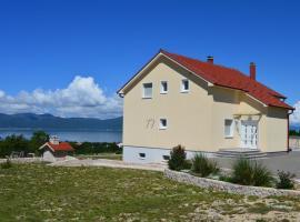 Blue Lake Luxury Accommodations, Grabovica