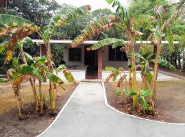 Banana House, Playa Coronado