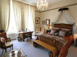 Cotter House Luxury Retreat