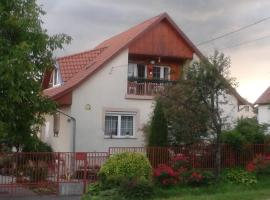 Small House Apartment, Kerepes