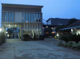Hotel Grand Pangestu, Duroa 1