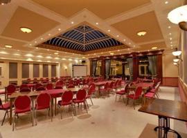 Hotel de Harmonie, Linne