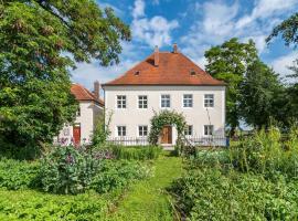Historischer Pfarrhof Niederleierndorf, Niederleierndorf