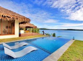 The Havannah, Port Vila